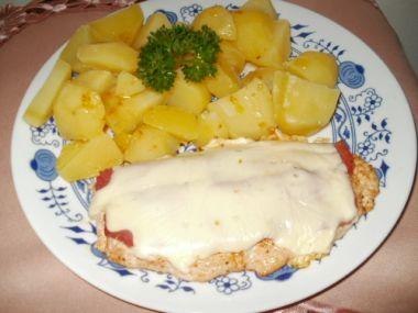Kuřecí plátky se sýrem a šunkou
