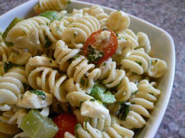 Maminčin těstovinový salát