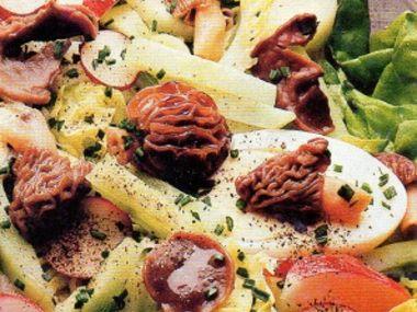 Jarní houbičkový salát