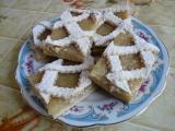 Mřížkový koláč s hruškovými povidly recept