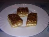 Ořechovo medový koláč s krémem. recept