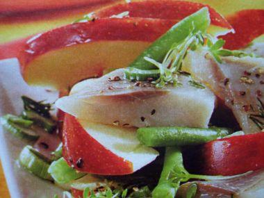 Matejsový salát s fazolkami