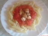 Penne s rajčatovou omáčkou a kuřecím masem recept  TopRecepty ...