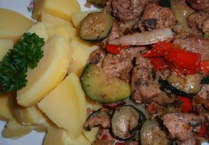 Maso v zelenině z pečícího sáčku
