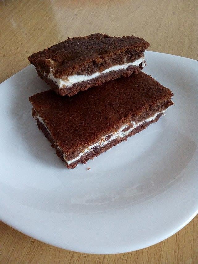 Super jednoduchá tvarohovo-kakaová buchta recept