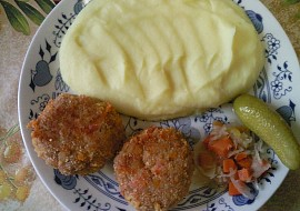 Masovo  vločkové karbanátky se slaninou a sýrem recept ...