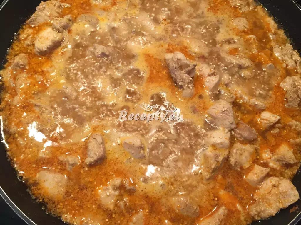 Kuřecí guláš recept  bezlepková dieta