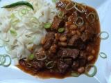 Pikantní guláš z hovězí kližky s fazolemi recept