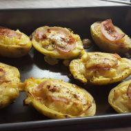 Plněné pečené brambory s nivovým vejcem recept