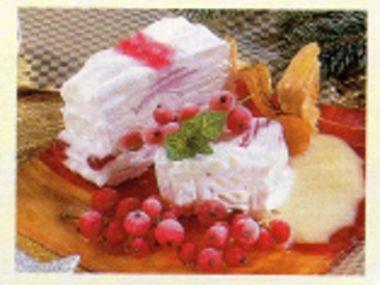 Ovocná zmrzlina s vinnou pěnou