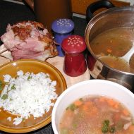 Polévka z uzeného masa recept