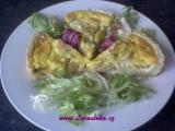 Bramborovo-cibulový koláč s kozím sýrem recept