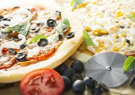 Bezlepková kynutá pizza recept