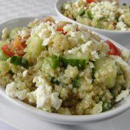 Zeleninový jarní salát s quinoa recept