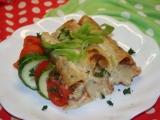 Cannelloni s drůbežím masem v rajčatech, gratinované ...