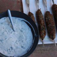 Jehněčí kebab s jogurtovou omáčkou recept