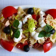 Těstovinový salát s uzeným kuřecím masem a zeleninou recept ...