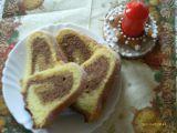 Bábovka obarvená perníkem recept