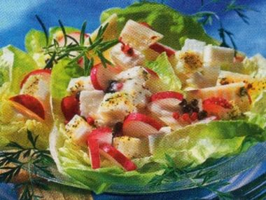 Celerový salát s ředkvičkami