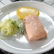 Pošírovaný losos s citronovou majonézou recept