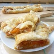 Meruňkovo-piškotový závin recept