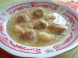 Hrachová polévka se škvarkovými knedlíčky recept