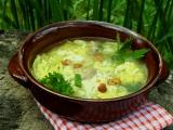 Kapustová polévka s rýží a houbami recept