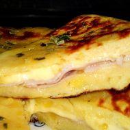 Plněný bramborový koláč se šunkou a sýrem recept