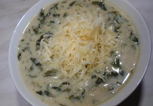 Špenátovo-vločková polévka