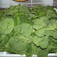 Špenátový salát s nivou recept