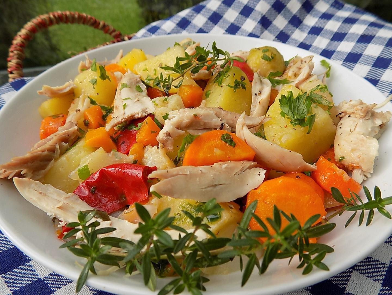 Kuře vařené v zelenině recept