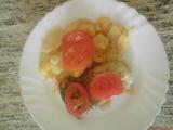 Zapečený kapr s bramborama a rajčaty recept