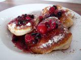 Kváskové celozrnné lívance s lesním ovocem recept