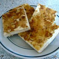 Tvarohový koláč s mandlemi recept