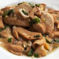Kuře na houbách recept