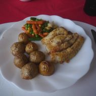 Domácí rybí prsty s pečenými brambory recept
