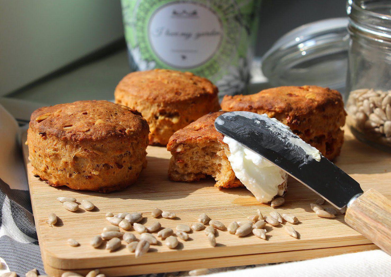 Mini muffiny se sušenými rajčaty recept