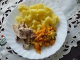 Kuř.stehna s bramborem a osmahnutou zeleninou recept ...
