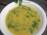 Krémová zeleninová polévka s hráškem recept