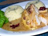 Kuřecí řízky zapečené s brusinkami a hermelínem recept ...