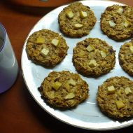 Tvarohové müsli placky s jablkem a skořicí recept