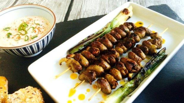 S Klárou v kuchyni #24: Grilovaná kuřecí srdíčka s dipem