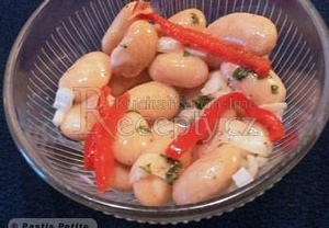 Bleskový fazolový salát