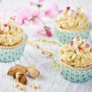Mandlové cupcakes s kuřátky recept