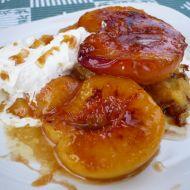 Rychlý dezert s broskvemi recept