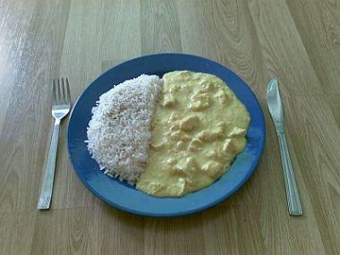 Rýže se zeleninou a kari