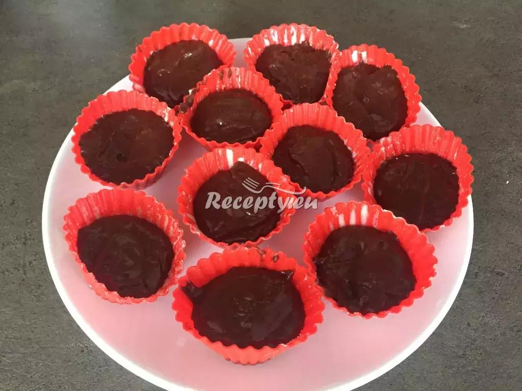 Jablečné muffiny s čokoládou recept  moučníky