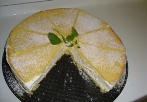Šlehačkový tvarohový dort