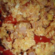 Míchaná vejce se šunkou a paprikou recept
