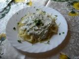 Špagety se zakysanou smetanou a tuňákem recept